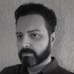 Hélio Oliveira