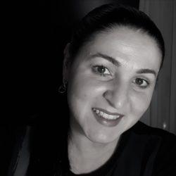 Simone de Fatima Colman Martins