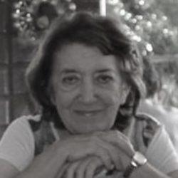 Maria Helenice Araújo Costa